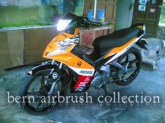 yamaha-lc-135-airbrush-repsol-modified.